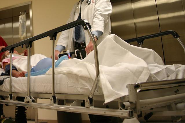 כיצד ניתן לחלץ מאושפזים מבתי חולים בעת שריפה?